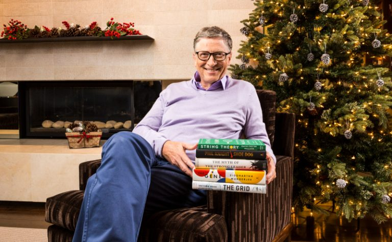 4 Bill Gates Selected Books for the End of Year Vacation
